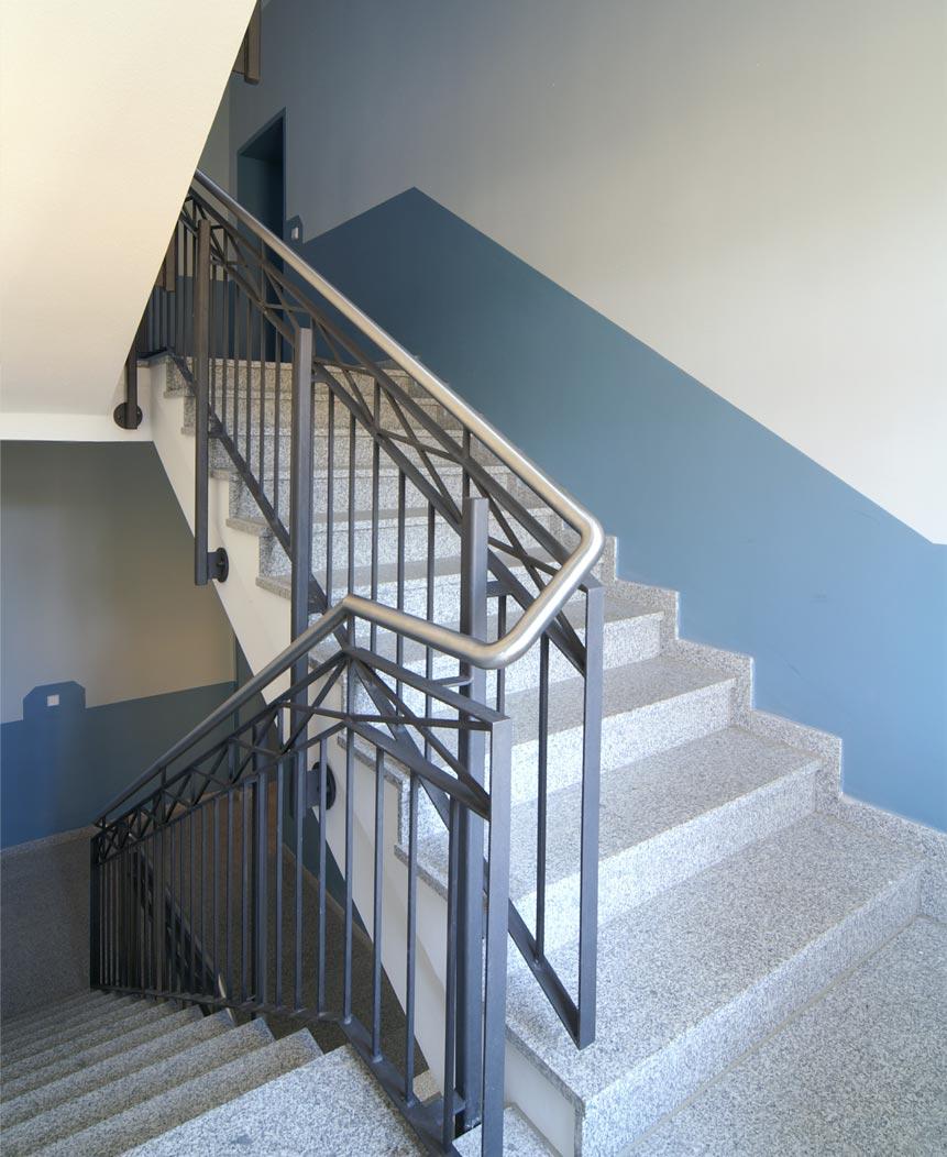 detailansicht treppenhaus. Black Bedroom Furniture Sets. Home Design Ideas